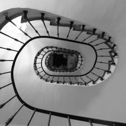 ladder-2202669_1920